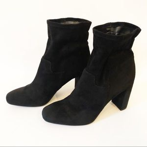 Franco Sarto Faux Suede Black Pull On Booties 9.5